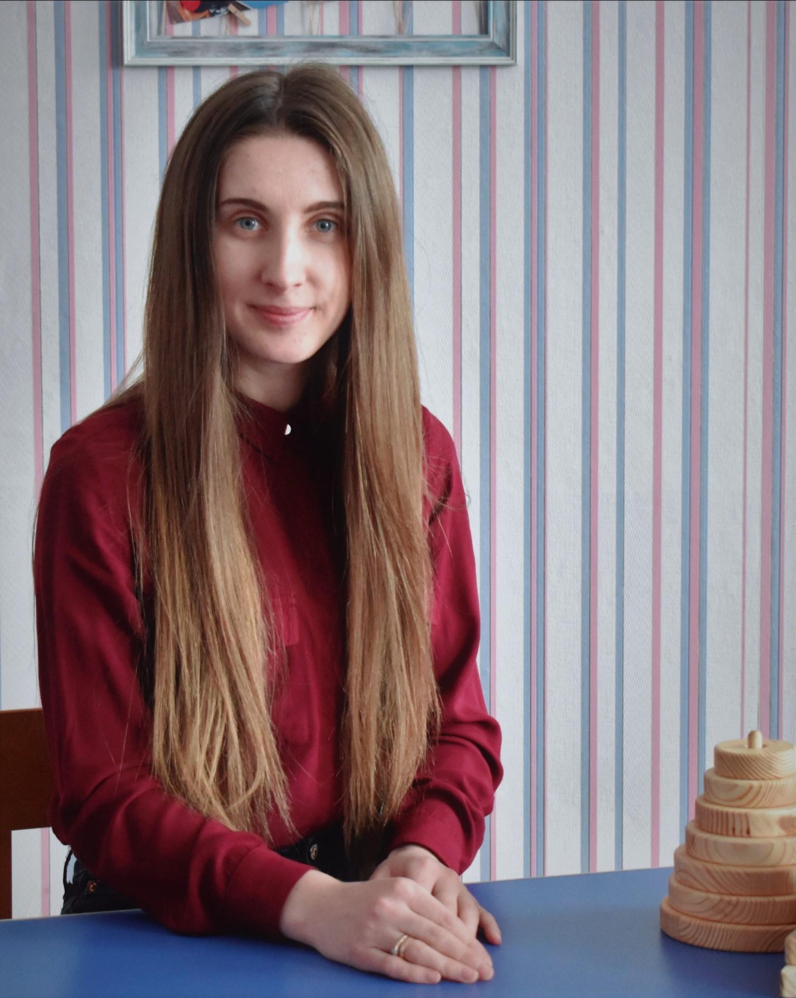 Дем'яновська Оксана Олександрівна, вчитель-дефектолог